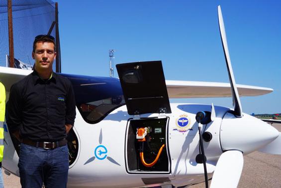 Första elflygplanet i Sverige får sin bas på Säve flygplats